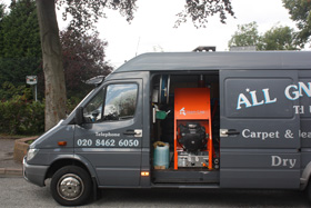 All Gleaming Clean Carpet Cleaners Van